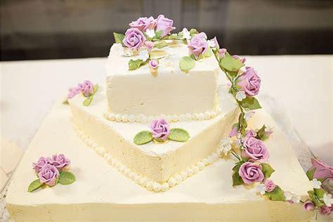 Hochzeitstorte 4 Eckig by Hochzeitstorten Eckig Mit Blumen Suche Hochzeit