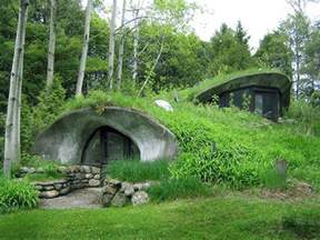 underground houses the ultimate in grid living