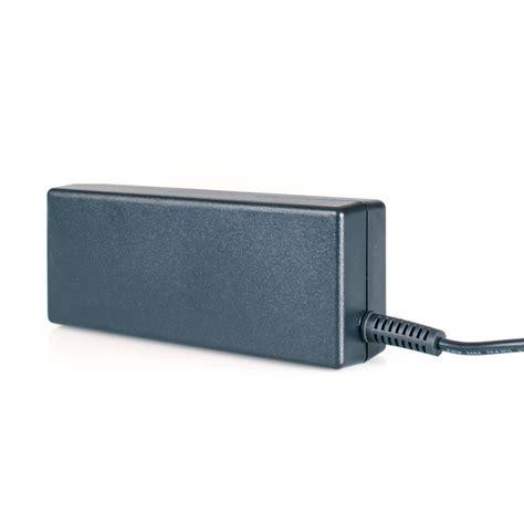 alimentatore notebook toshiba alimentatore notebook 15 0 volt per toshiba pa3201u 1aca