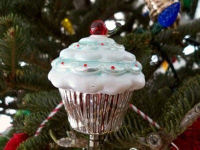 cupcake christmas tree decirations ljcfyi cupcake tree ornaments