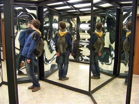 mirror house house of mirrors wikipedia