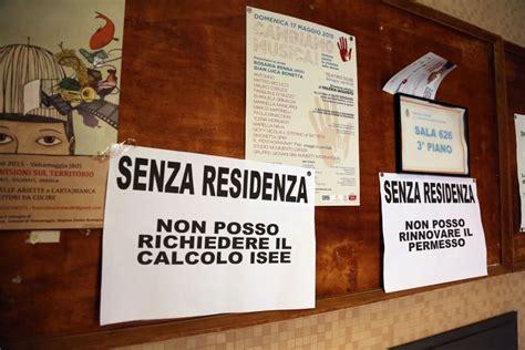 comune bologna ufficio anagrafe gli attivisti occupano gli uffici comune 1 di 1