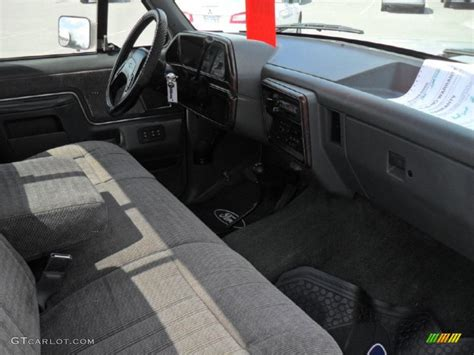 gray interior 1990 ford f150 xlt lariat regular cab photo