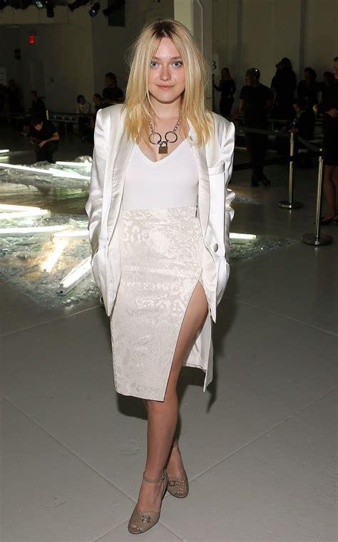 12 Photos Showing Dakota Fannings Fashion Metamorphosis by Dakota Fanning Photos Page 8 Of 12 Celebmafia