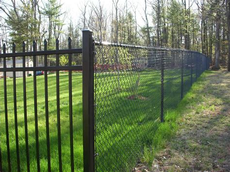 chain link fence sawdon fence chian link fence company serving mid michigan