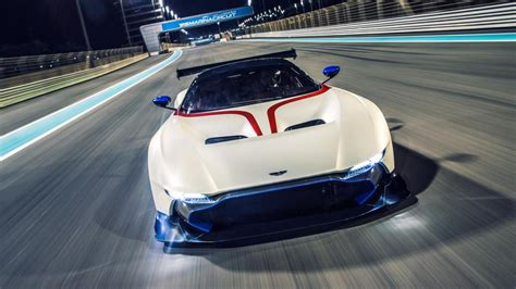 aston martin top gear world exclusive drive aston martin vulcan top gear