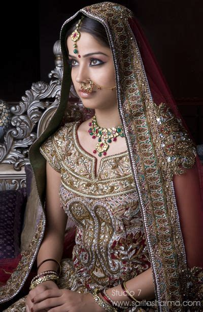indian queen hairstyles india beauty jewelry dresses gold diamonds emeralds