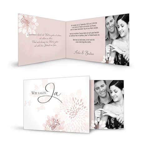 Hochzeitseinladungen Altrosa by Romantische Hochzeitseinladungen In Rosa Mit Blumen
