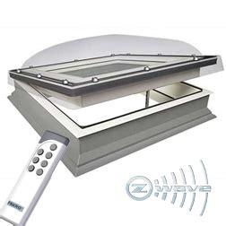 velux lichtkoepel ventilerend lichtkoepel elektrisch te openen 11 maten met hr glasraam