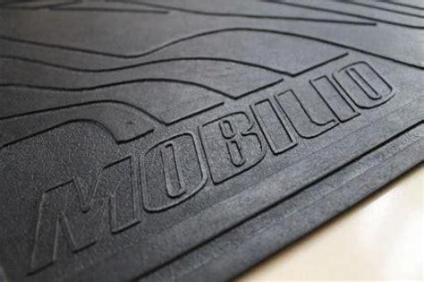 Karpet Lantai Mobil jual karpet lantai mobil honda mobilio 1 set riska 99