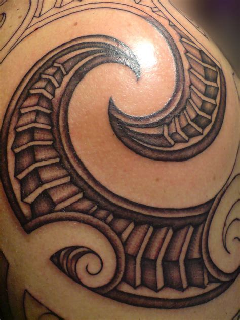 brown tattoo 63 maori shoulder tattoos