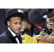 Neymar Lattaquant Du Bar&231a Le 11 Janvier 2016 &224 Zurich Lors De La