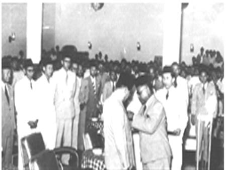 Biografi Bung Hatta Dalam Bahasa Jawa | biografi bung hatta dalam bahasa jawa kilas balik hari
