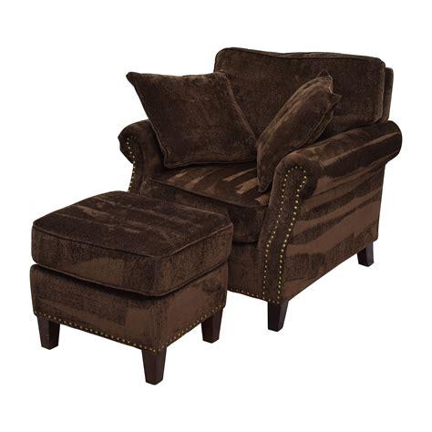 brown sofa white chair 55 bob s furniture bob s furniture mirage studded