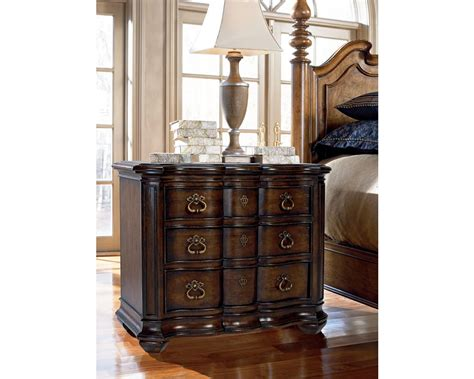 thomasville furniture hills of tuscany king lucca bedroom lucca night stand bedroom furniture thomasville furniture