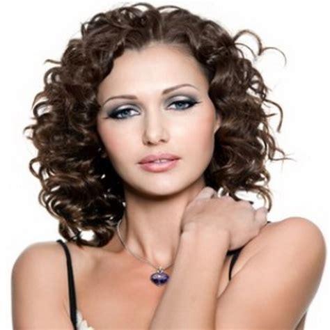 Permed Medium Hairstyles by Medium Permed Hairstyles