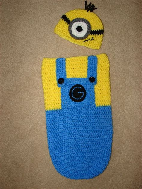 Blue Mininos blue minion cocoon my own creation knits baby cocoon minions and blue