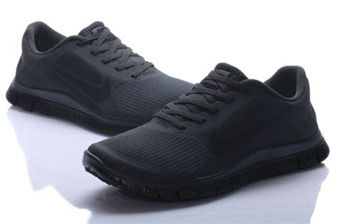 all black running shoes for le qui marche