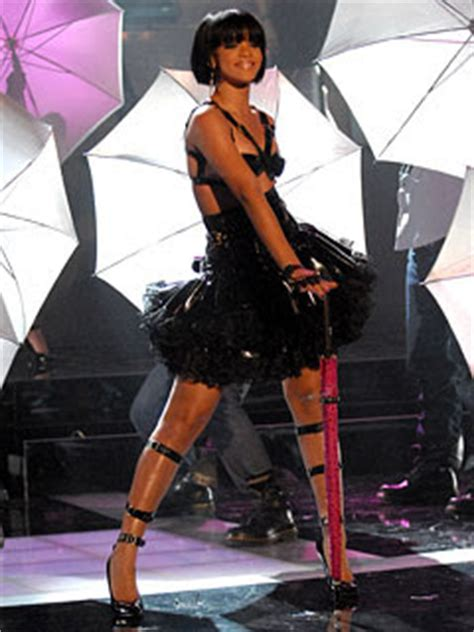 Rihanna Worldwide Launch Of Umbrella Feat Z 5 Pm Est Today by Rants Of A Top 20 Songs Of 2007 5 1