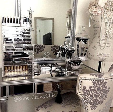 Makeup Room Decor Click To See More Room Designs On Our For Makeup Organization And Beautyroom D 233 Cor