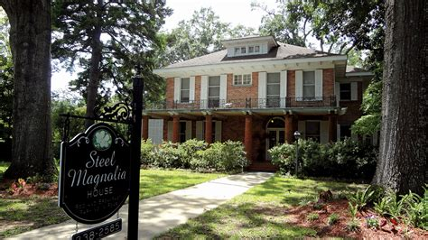 steel magnolias bed and breakfast weekend getaway natchitoches louisiana atlanta magazine