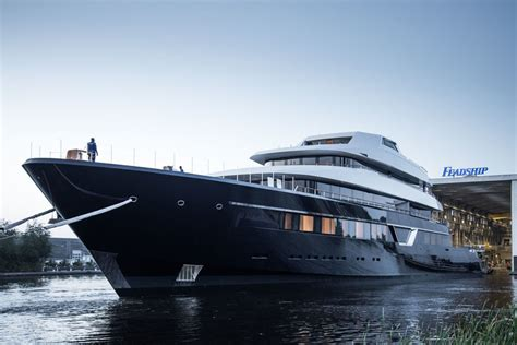 yacht lonian feadship launches 87m superyacht lonian superyacht times