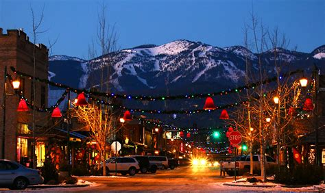 14 must see holiday events and happenings in western