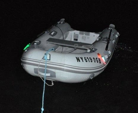 running lights for inflatable boats do you use dinghy lights page 4 sailnet community