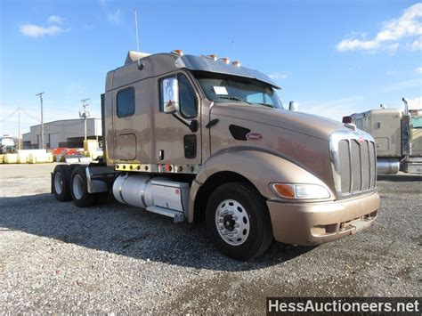 Used Semi Sleepers For Sale by Used 2006 Peterbilt 387 Tandem Axle Sleeper For Sale In Pa 21599