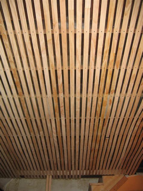 Easy Ceiling Ideas by Top 25 Ideas About Pallet Ceiling On Ceiling Ideas Wood Ceilings And Pallet Wood Walls