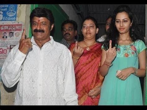 Adressaufkleber Familie by Nandamuri Balakrishna His Family Cast Their Votes