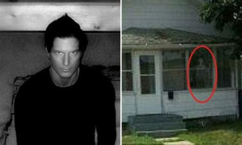 zak bagans house who d live in a house like this tv ghost show presenter