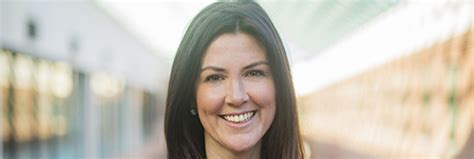 Emily Sloan Mba Los Angeles by Hubspot Chief Officer And Sloan Alum Hacks