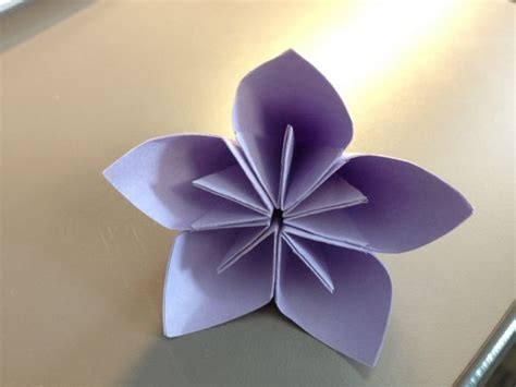 Folded Paper Flower - my kusudama origami flowers weddingbee photo gallery