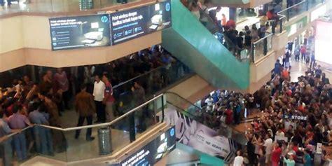 Hardisk Di Mangga Dua Rangkaian Foto Jokowi Belanja Di Pusat Komputer Mangga Dua