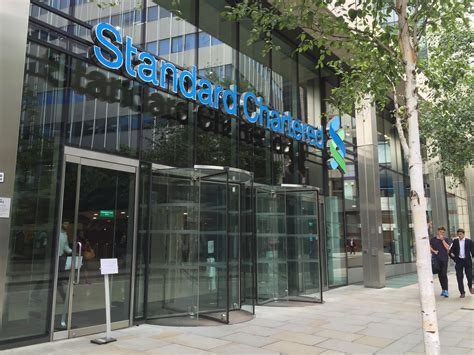 standard chattered bank file standard chartered bank jpg wikimedia commons