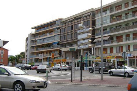 Vente Boutique MANDELIEU LA NAPOULE Nous consulter Berge Immobilier