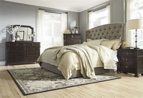 Upholstered Bedroom Furniture Gerlane Graphite Upholstered Panel Bedroom Set B657 74 77