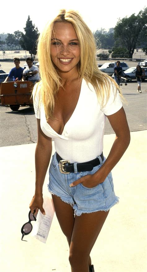 Is Britney the GOAT 90s babe??   Bodybuilding.com Forums