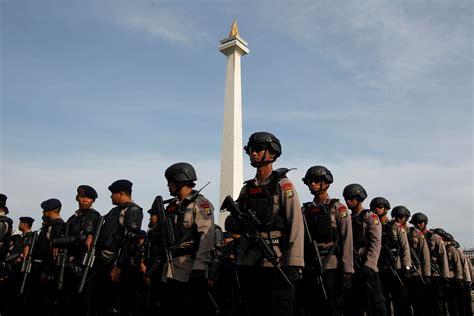 Cctv East Jakarta City Jakarta 13210 indonesia security personnel deployed in jakarta ahead of islamic protest against catholic governor