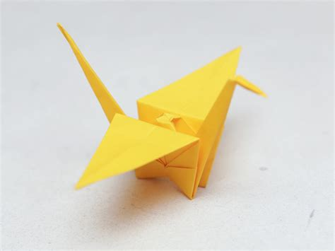 Folding Paper Cranes - free coloring pages how to fold a paper crane with