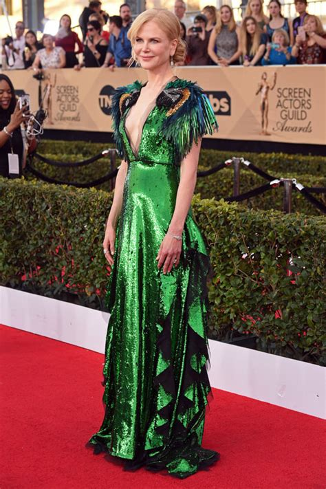 Sag Awards Carpet by Kidman Wears The Quintessential Quot Float In A Parade