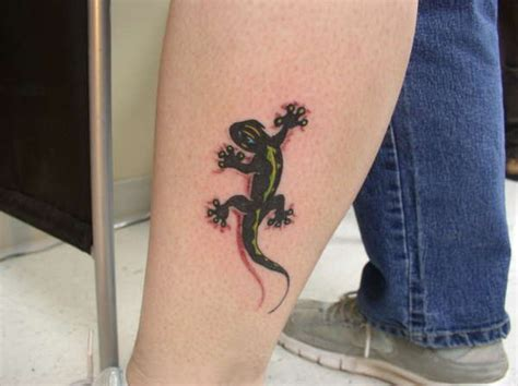 small lizard tattoos 100 small lizard on chest chest tattoos and