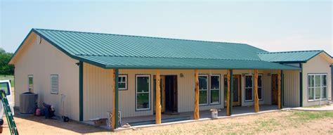 simple barn with living quarters studio design