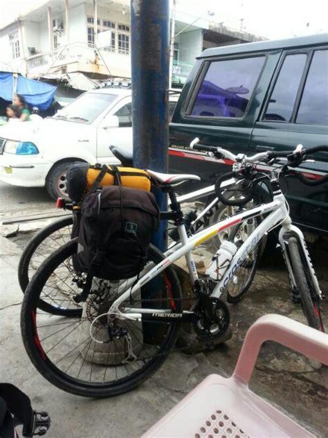 Tas Sepeda 2 Sisi Kiri Kanan T1910 1 9 may 2013 1st day bikepacker x malindo berbagi kisah