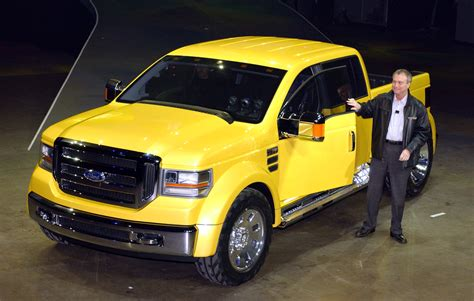 Ford Mighty F 350 Tonka concept 2003   Mad 4 Wheels