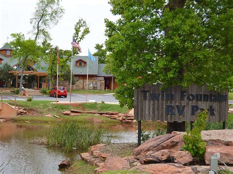 Fountains Rv Park Rates by Fountains Rv Resort Oklahoma City Cgrounds