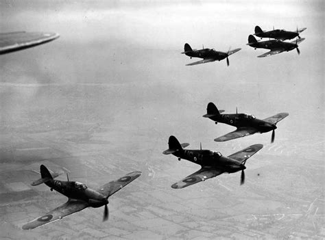 battle of britain 1940 the luftwaffe s eagle attack air caign books american support promised but britain fights alone
