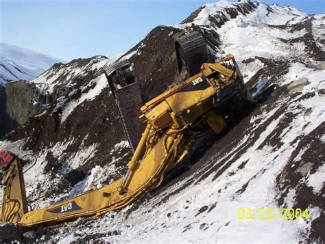 dozer accident pin by chicago heavy equipment services on heavy equipment