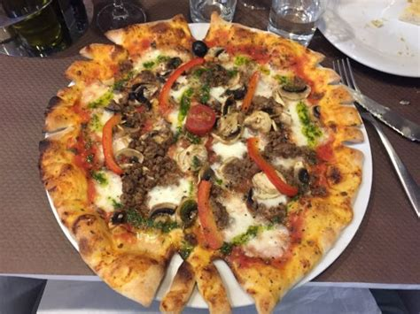best pizza bologna pizza bologna picture of gusto italia tripadvisor
